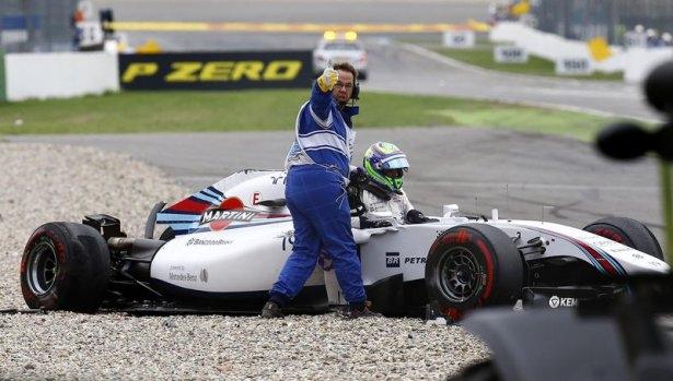 Formula 1'de feci kaza! 10