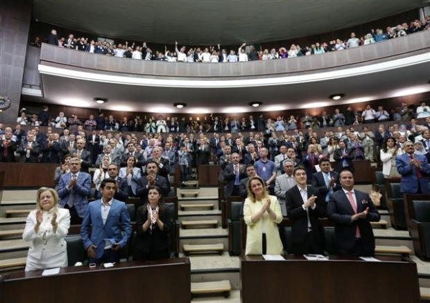 Erdoğan'ın konuşması AK Partilileri ağlattı 13
