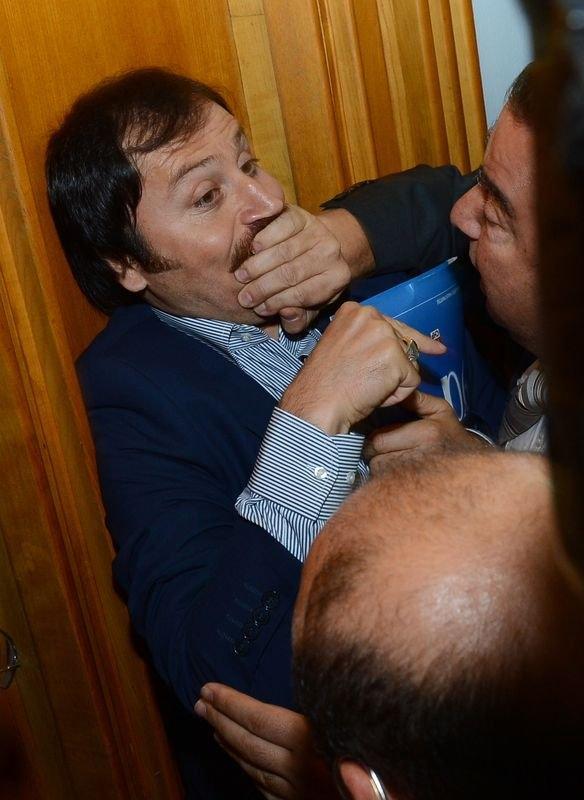 CHP grup toplantısında olaylar çıktı! 6