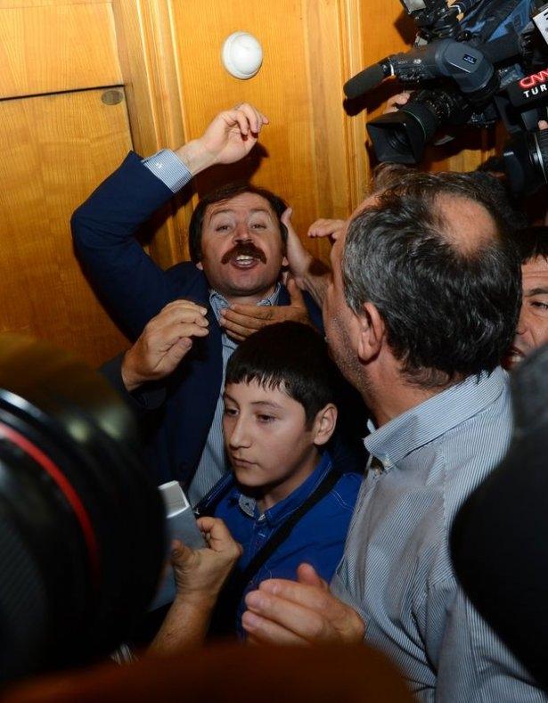 CHP grup toplantısında olaylar çıktı! 7