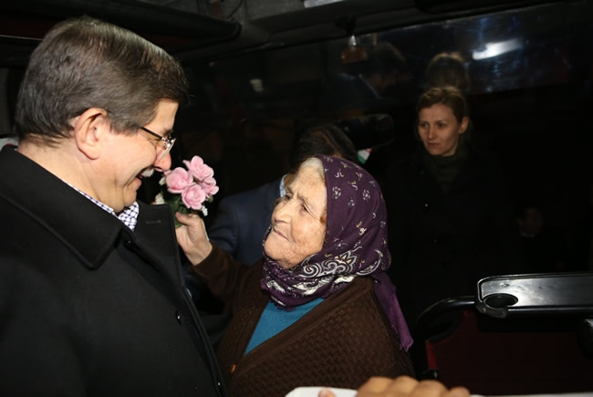 Bakan Davutoğlu Konya'da 2 1