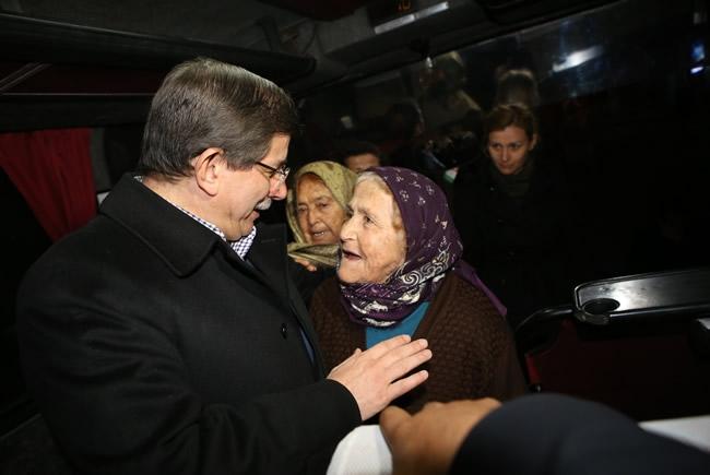Bakan Davutoğlu Konya'da 2 3