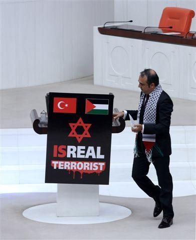 Meclis kürsüsünde İsrail protestosu 7