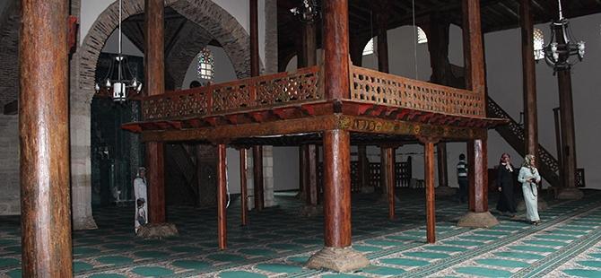 """Tarihi Eşrefoğlu Camii, """"Kalıcı Dünya Mirası"""" Olmaya Aday 18"""