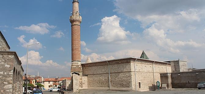 """Tarihi Eşrefoğlu Camii, """"Kalıcı Dünya Mirası"""" Olmaya Aday 22"""