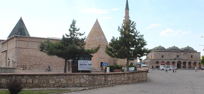 """Tarihi Eşrefoğlu Camii, """"Kalıcı Dünya Mirası"""" Olmaya Aday 23"""