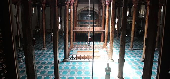 """Tarihi Eşrefoğlu Camii, """"Kalıcı Dünya Mirası"""" Olmaya Aday 24"""