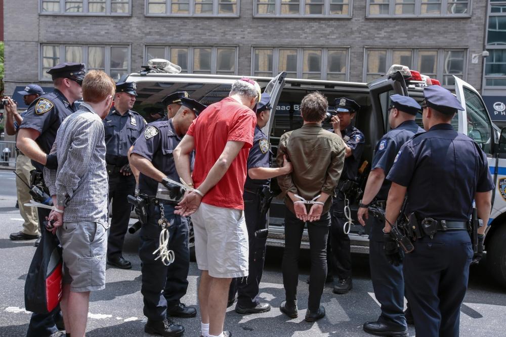 Norman Finskelstein gözaltına alındı 4