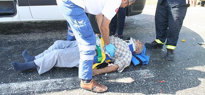 Konya'da İki Otomobil Çarpıştı: 1 Ölü, 3 Yaralı 4
