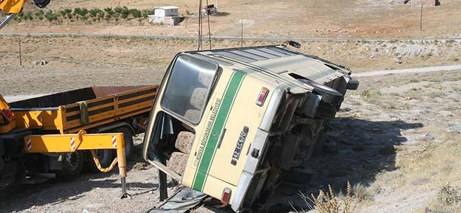 Konya'da Otobüs Devrildi: 14 Yaralı 2