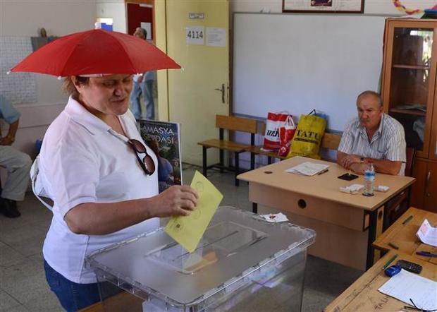 Türkiye genelinde oy verme işlemi başladı 41