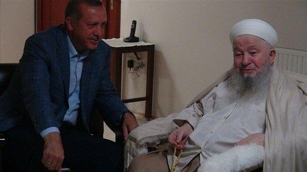 Erdoğan'dan Mahmut Efendi'ye ziyaret 1