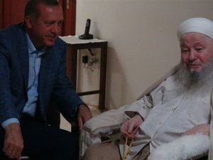 Erdoğan'dan Mahmut Efendi'ye ziyaret