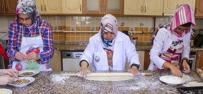 Selçuklu ve Osmanlı mutfağını öğreniyorlar 1