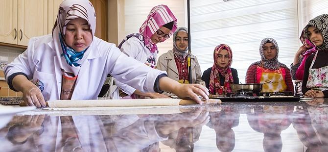 Selçuklu ve Osmanlı mutfağını öğreniyorlar 3