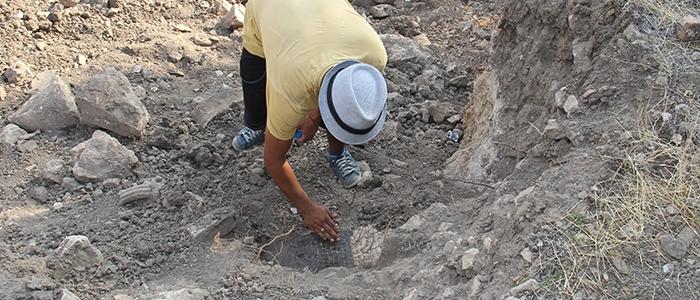 Tarihi mozaikler definecilerin tahribatıyla bulundu 14