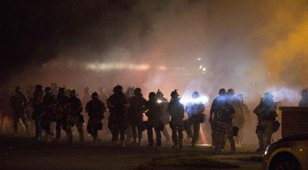 ABD Sokakları Karıştı: 1 Ölü 32