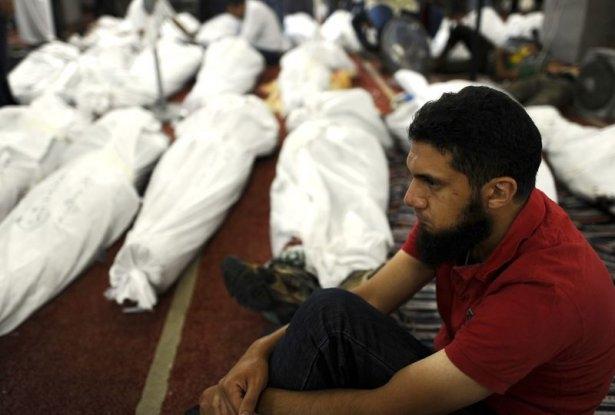 Rabia katliamının acı fotoğrafları 13