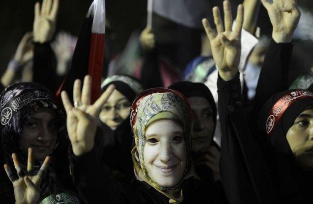 Rabia katliamının acı fotoğrafları 35