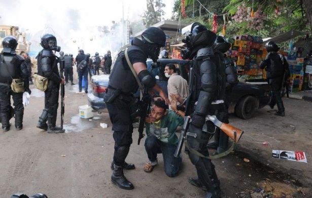 Rabia katliamının acı fotoğrafları 43