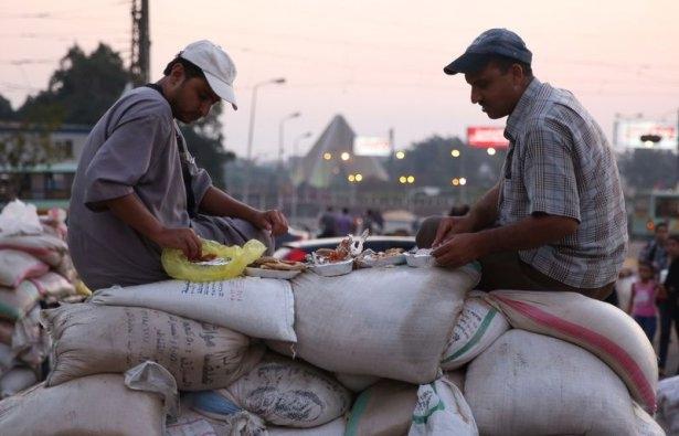 Rabia katliamının acı fotoğrafları 55