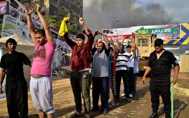 Rabia katliamının acı fotoğrafları 56
