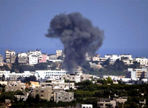 Gazze'ye düşen füzelerdeki gizli silüetler 18