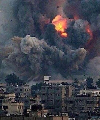 Gazze'ye düşen füzelerdeki gizli silüetler 5