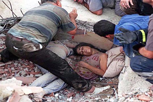 15 yıl önce Türkiye'yi yasa boğan faciadan kareler 11