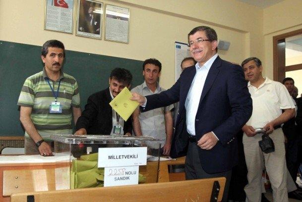 Fotoğraflarla dünden bugüne Ahmet Davutoğlu 109