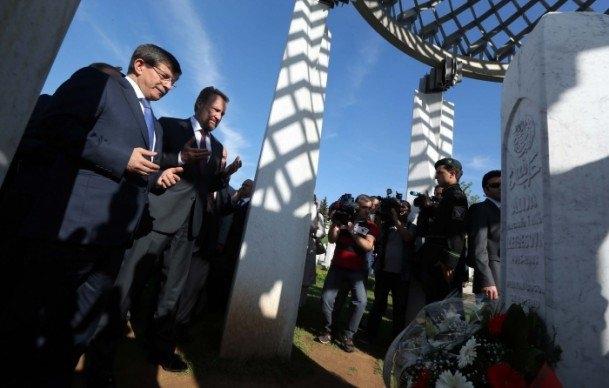 Fotoğraflarla dünden bugüne Ahmet Davutoğlu 75