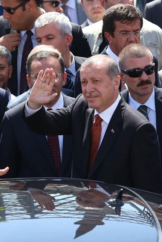 Erdoğan'la Davutoğlu Cuma'yı beraber kıldı 29