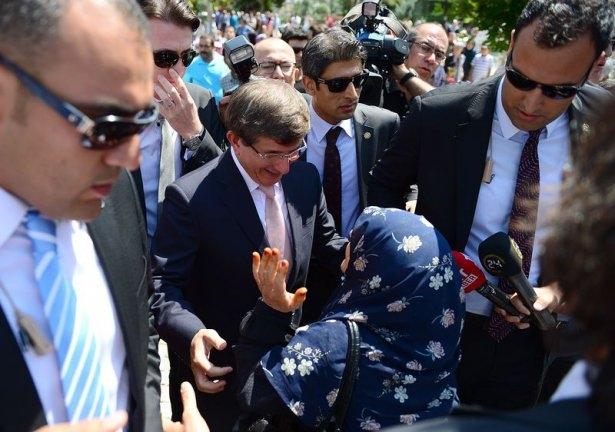 Erdoğan'la Davutoğlu Cuma'yı beraber kıldı 4