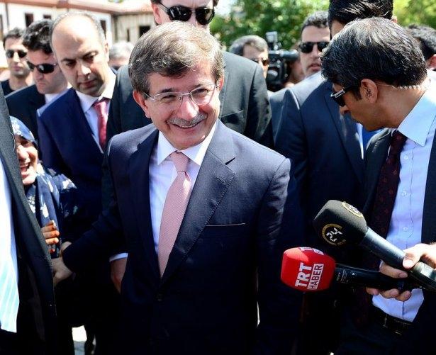 Erdoğan'la Davutoğlu Cuma'yı beraber kıldı 8