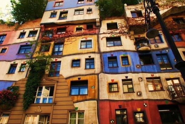 Dünyanın en güzel renkli evleri 1