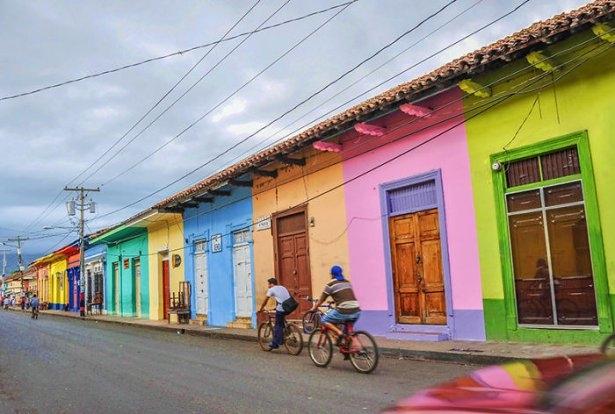 Dünyanın en güzel renkli evleri 20