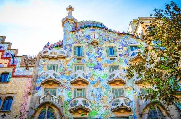 Dünyanın en güzel renkli evleri 25
