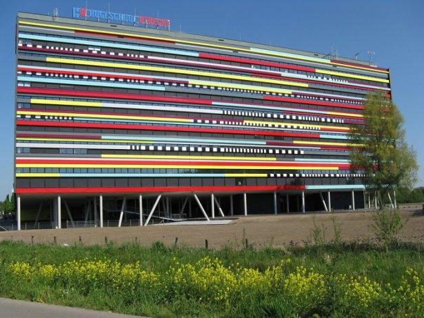 Dünyanın en güzel renkli evleri 27