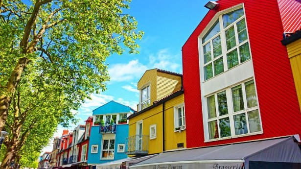 Dünyanın en güzel renkli evleri 30