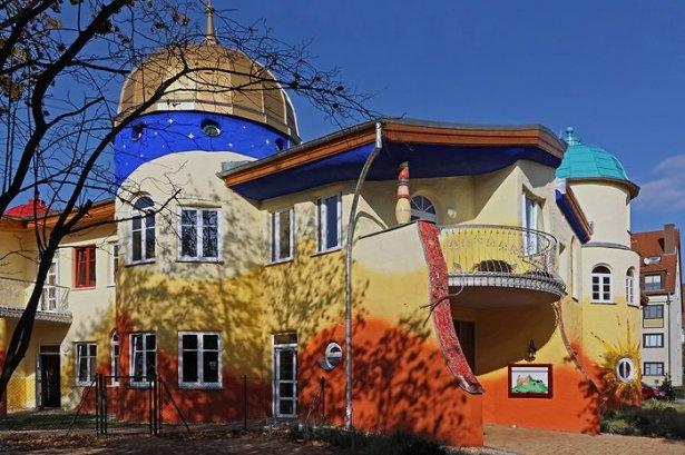 Dünyanın en güzel renkli evleri 35