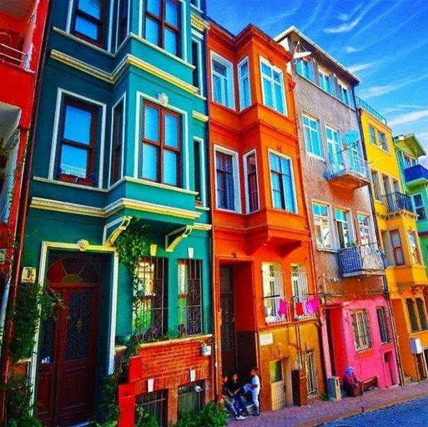 Dünyanın en güzel renkli evleri 5