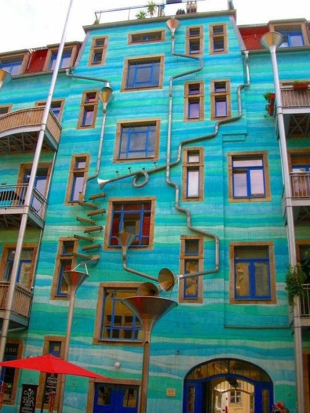 Dünyanın en güzel renkli evleri 7