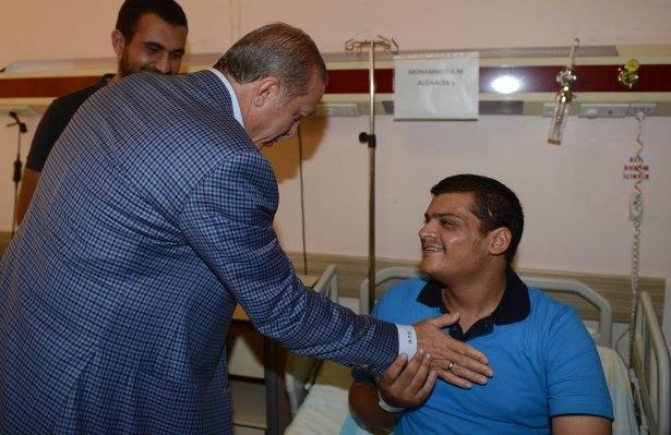 Erdoğan'dan Gazzeli yaralılara ziyaret 10