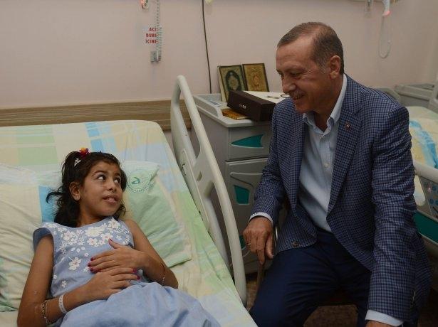 Erdoğan'dan Gazzeli yaralılara ziyaret 3