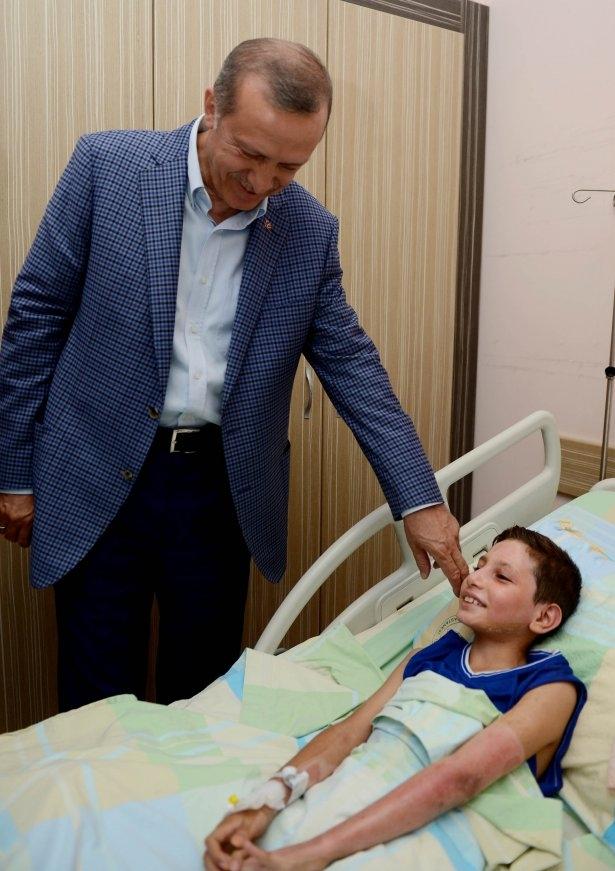 Erdoğan'dan Gazzeli yaralılara ziyaret 4