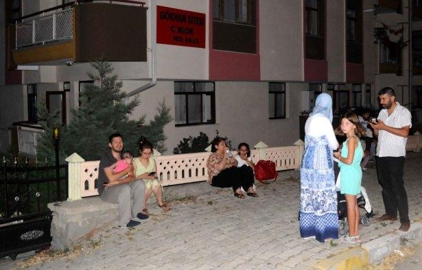 Burdur'da korkutan deprem 2