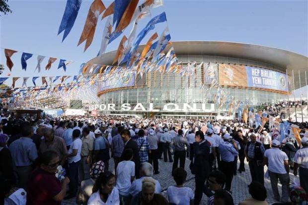 AK Parti 1. Olağanüstü Kongresi 10