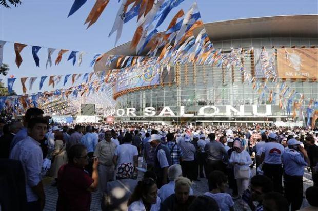 AK Parti 1. Olağanüstü Kongresi 11