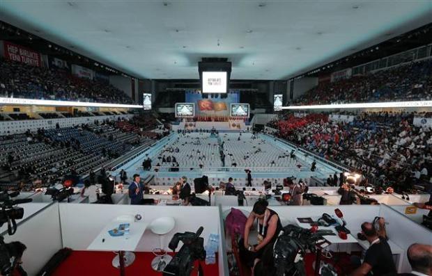 AK Parti 1. Olağanüstü Kongresi 16