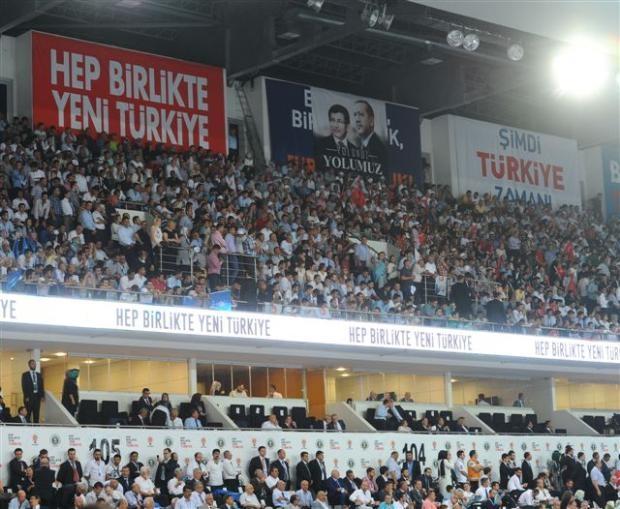 AK Parti 1. Olağanüstü Kongresi 195
